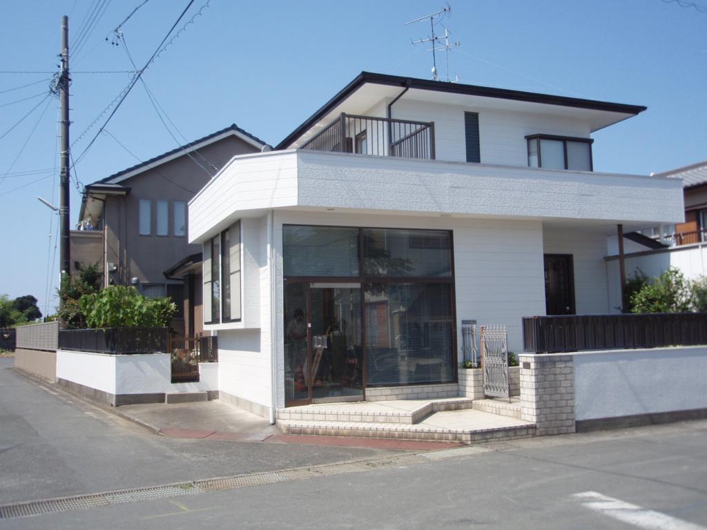 シリコン外壁塗装で洗練された白[浜松市南区の加藤塗装]|外壁塗装、屋根塗装