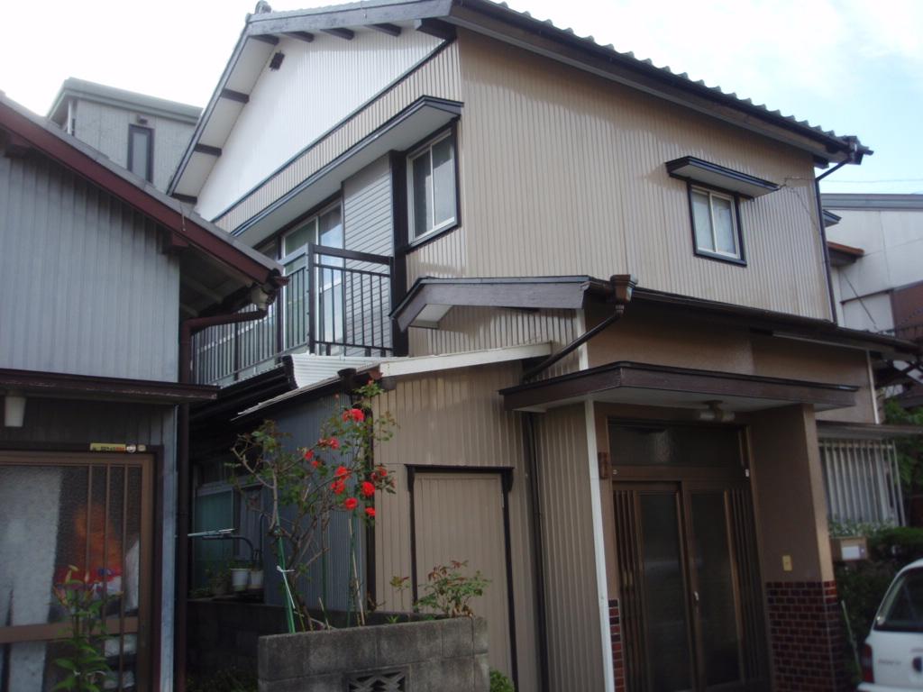 トタン外壁は定期的にメンテナンスを[浜松市南区の加藤塗装]|外壁塗装、屋根塗装