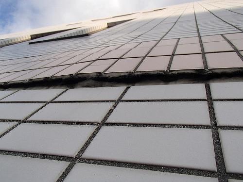 高層ビルのタイル外壁修繕[浜松市南区の加藤塗装] 外壁塗装、屋根塗装