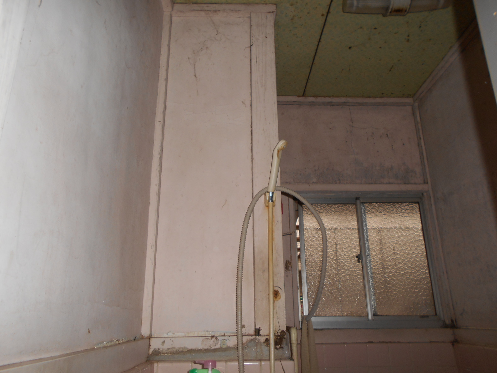廊下トイレ床修理&浴室塗装[浜松市南区の加藤塗装] 外壁塗装、屋根塗装